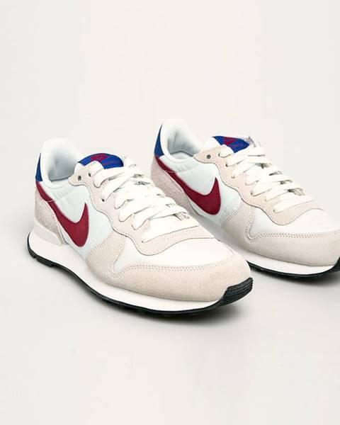 Bílé boty Nike Sportswear