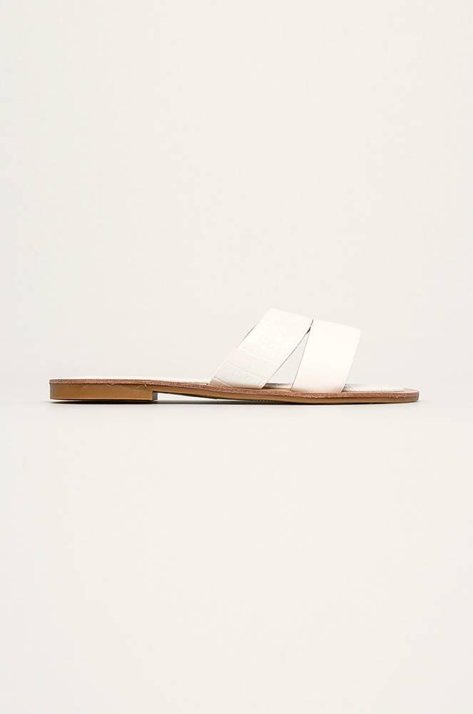 ANSWEAR Answear - Pantofle R and B