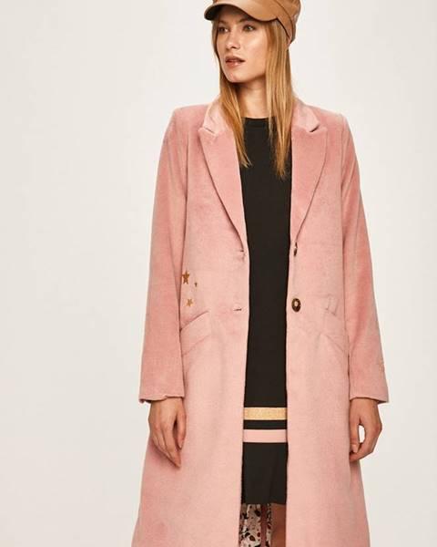 Růžová bunda femi stories