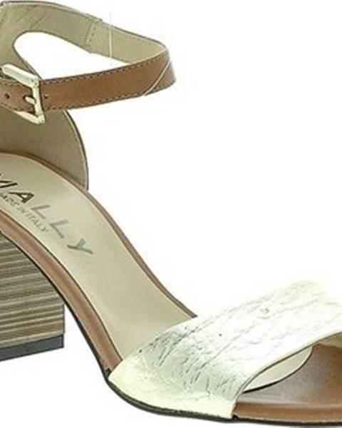 Hnědé sandály Mally