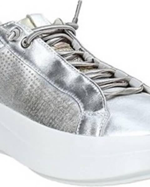 Stříbrné tenisky Impronte