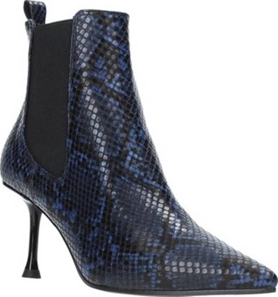 Grace Shoes Kotníkové kozačky 772107 Modrá