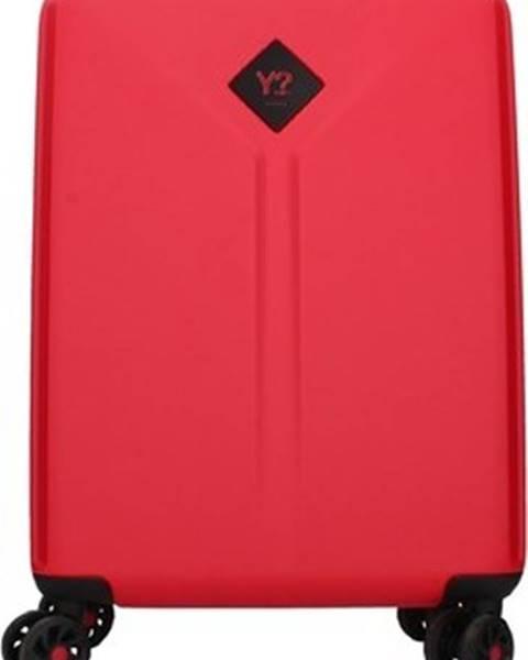 Červený kufr Y Not?