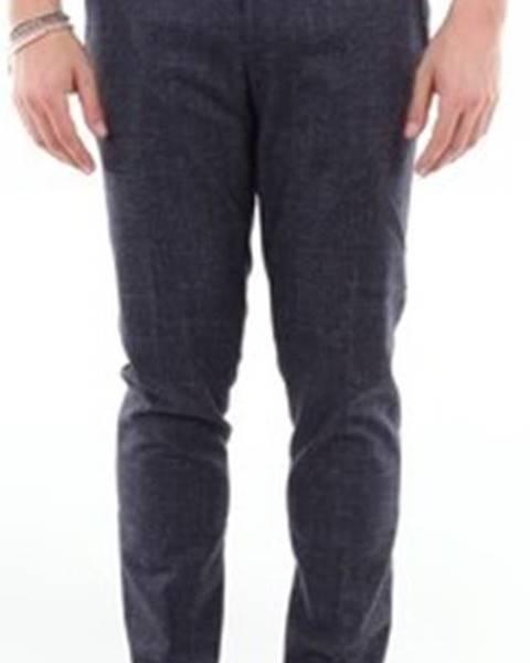 Modré kalhoty Entre Amis