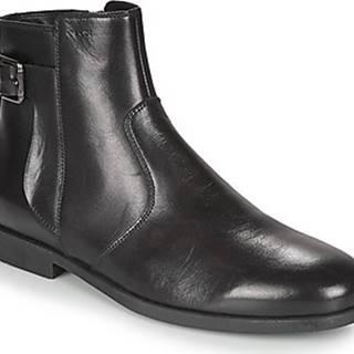 Kotníkové boty KASPAR Černá