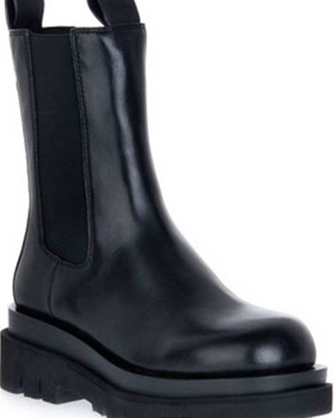 Černé boty Jeffrey Campbell