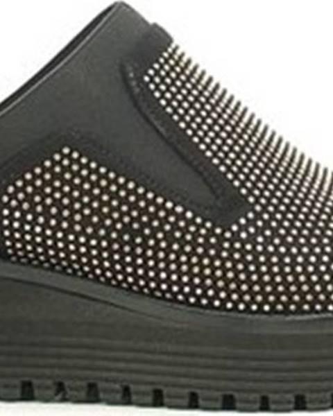 Hnědé boty Byblos Blu