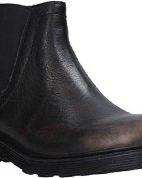 Černé boty Cult