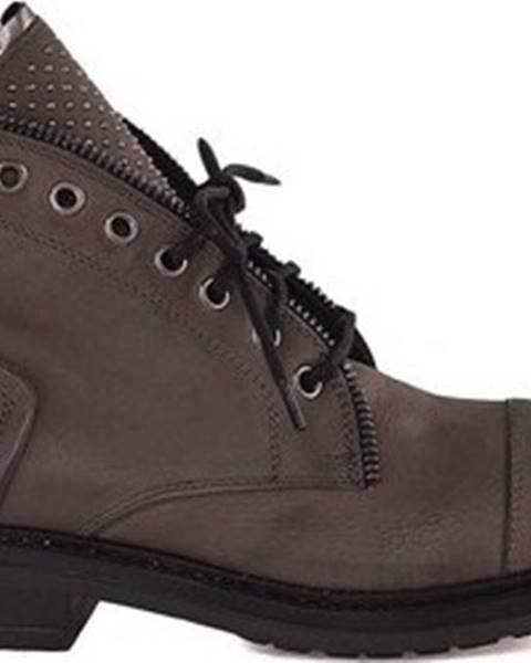 Hnědé boty Mally