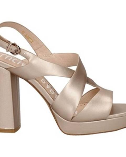 Růžové sandály Oggi By Luciano Barachini