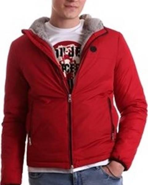 Červená bunda GAUDÌ