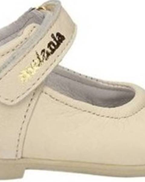 Bílé boty Melania