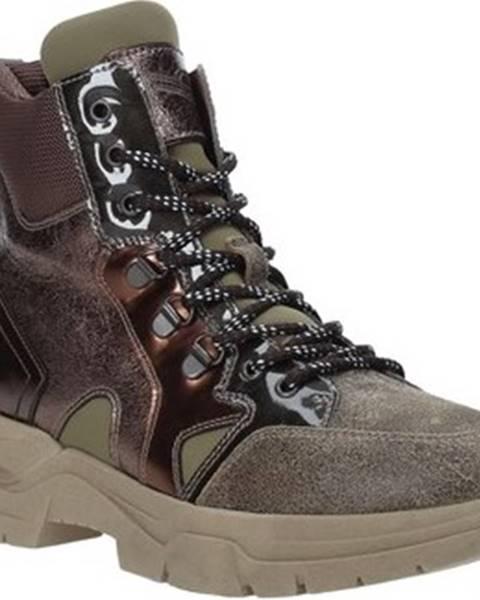 Béžové boty Nero Giardini