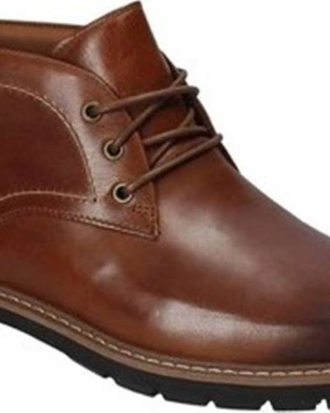 Černé boty Clarks