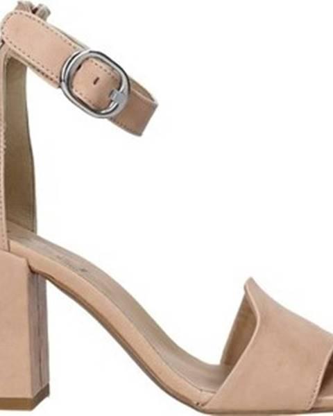 Růžové sandály Mally