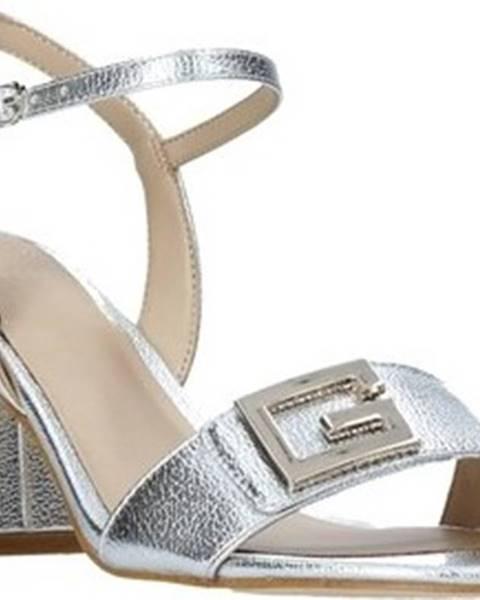 Stříbrné sandály Guess